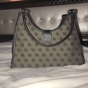 Dooney& Bourke Handbag